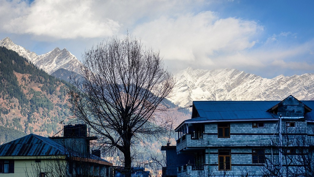 Manali is one of the Best Places to Visit in the Summer in India