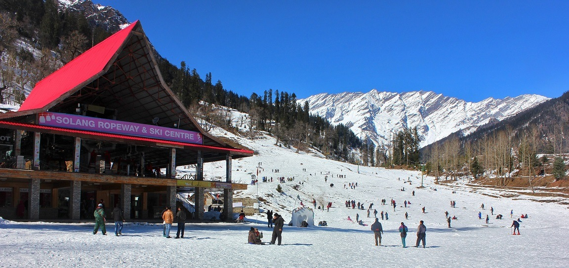 Solang valley - Best Places to Visit in the Summer in India