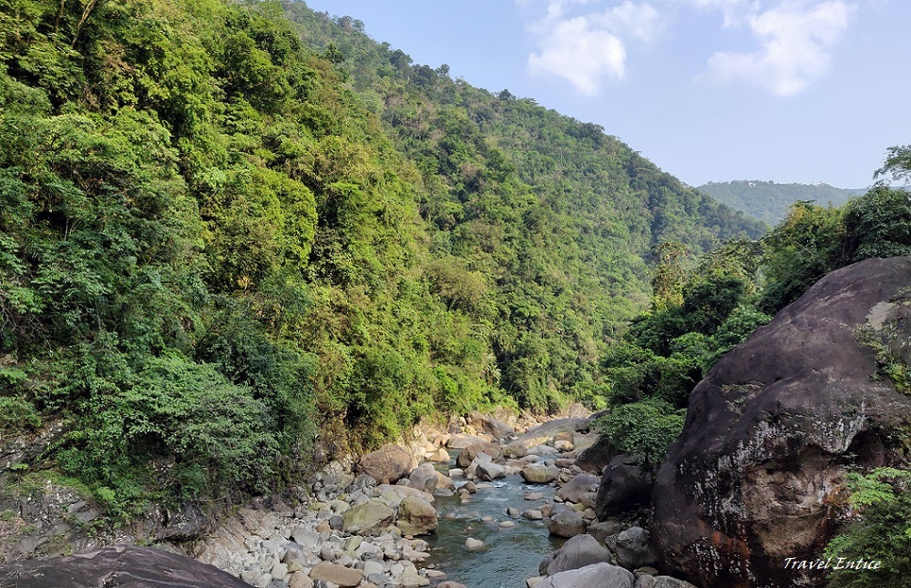 Best places to visit in Shillong - David Scott trail.