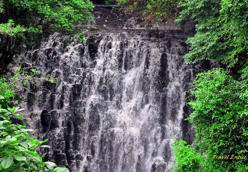 Place to visit in Shillong - Elephant falls.