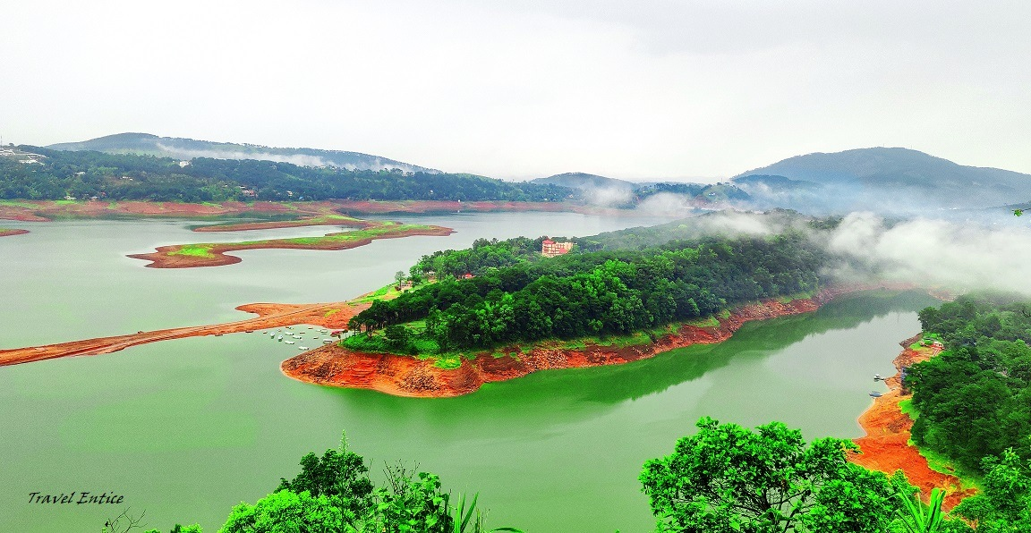Places to visit in shillong - Umiam Lake.