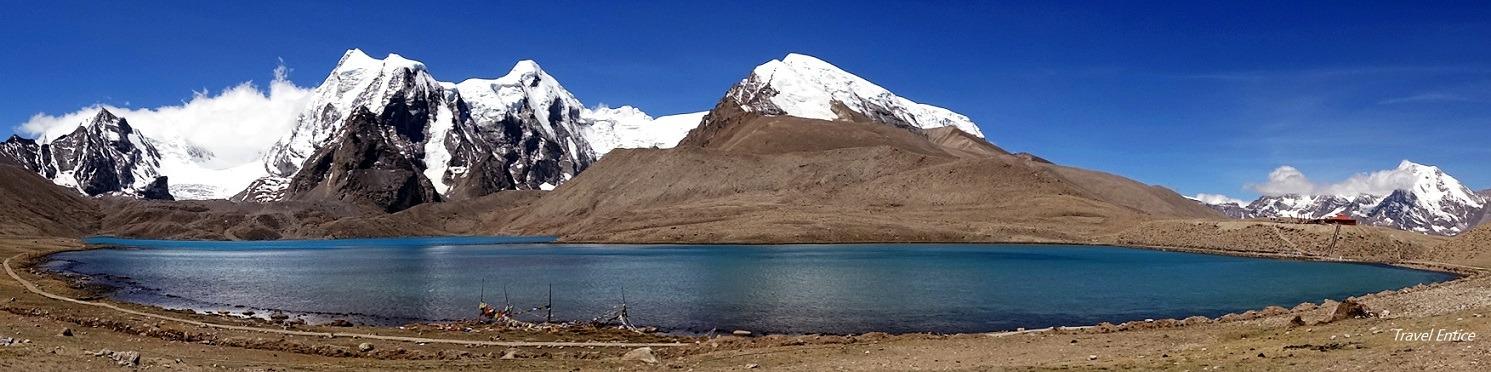 Gurudongmar Lake at Sikkim - panoramic view