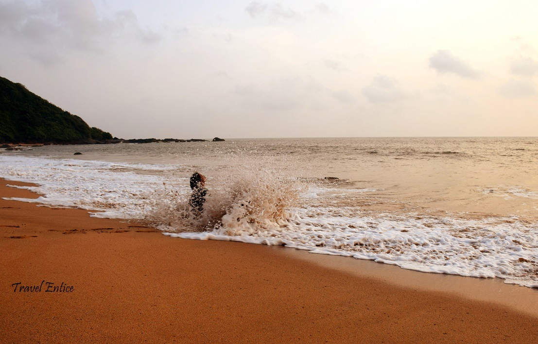 Sea is not gentle at Cola beach in Goa