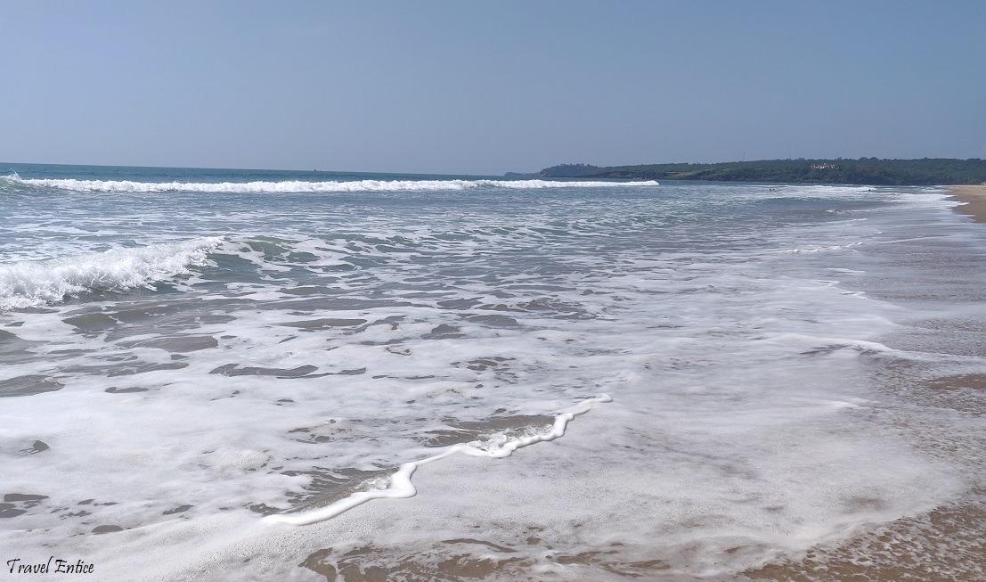 Dual waves at Keri beach in goa