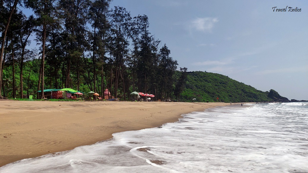 Unexplored Keri beach in Goa (Quirem and Keri Beach near Arambol)
