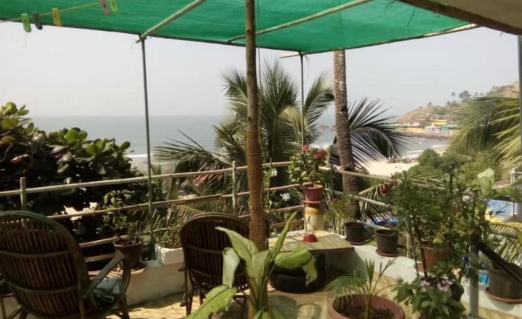 Arambol accommodation - Cactus Guesthouse