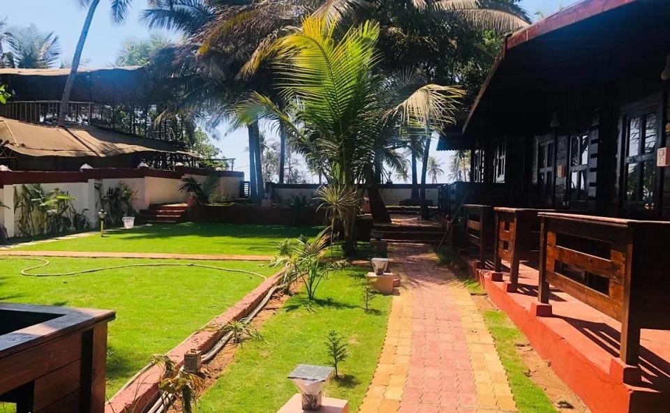 Arambol accommodation - Rama Beach Resort