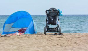 Read more about the article A BabyBeachTent Can Protect Your Little One PERFECTLY!