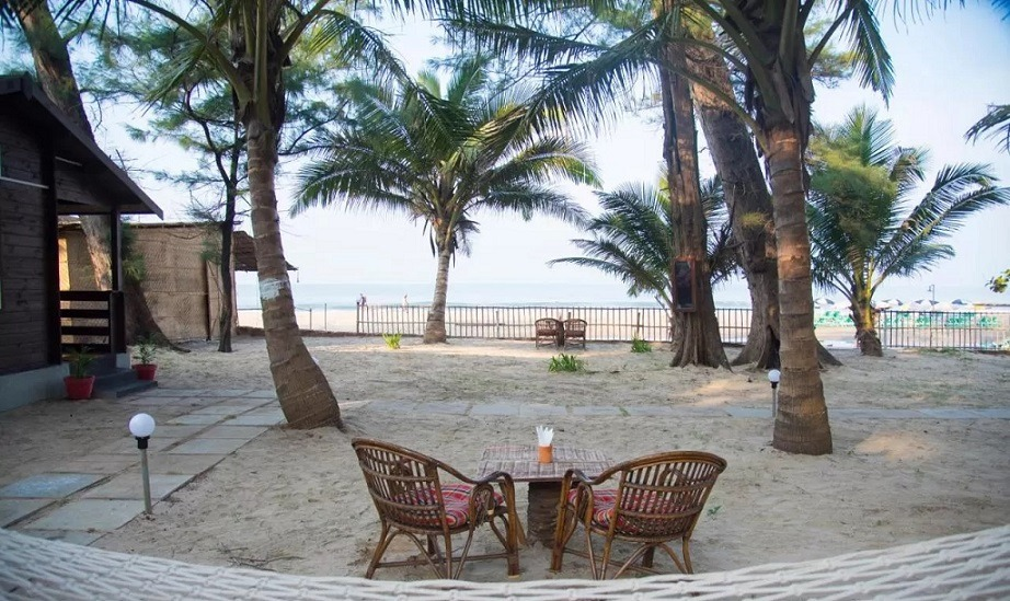 Best Resorts in Ashvem - Silent beach resort