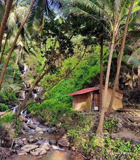 Unexplored Kakolem Beach in Goa: Waterfalls on the beach