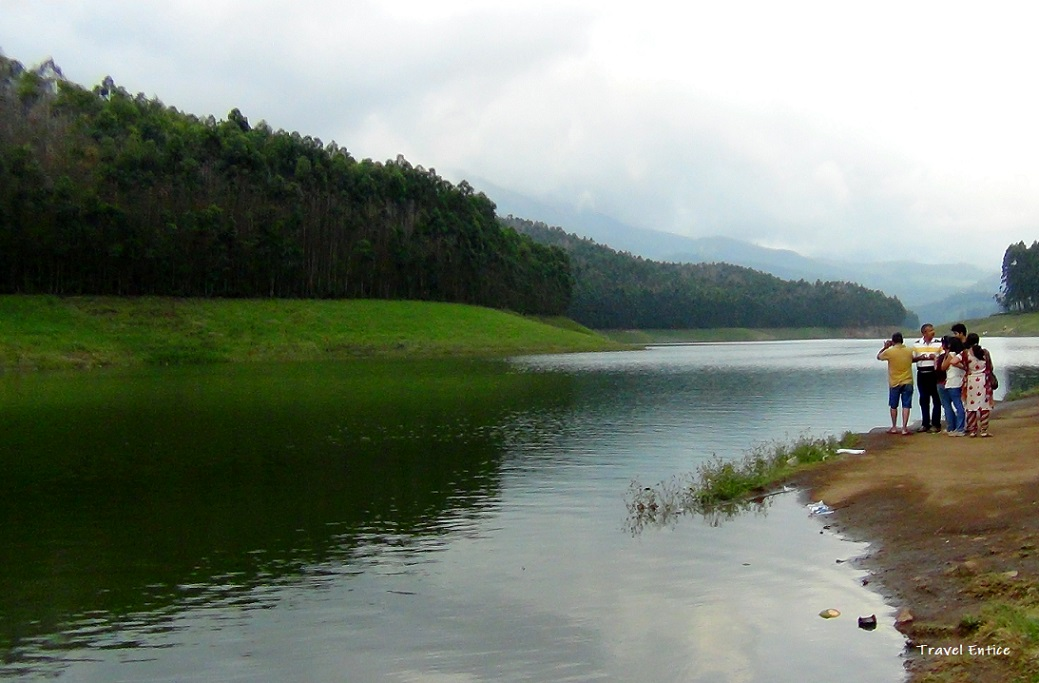 Munnar Tourist Places - 12 Best Places to Visit in Munnar Hill Station India - Echo point.